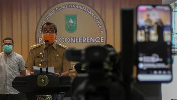 Sempat Positif-Diisolasi, Gubernur Riau Dinyatakan Sembuh dari Corona