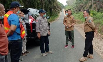 H Al Haris Pantau Sejumlah Proyek Jalan di Desa