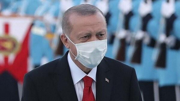 Macron Musuhi Islam, Erdogan: Jangan Beli Produk Prancis