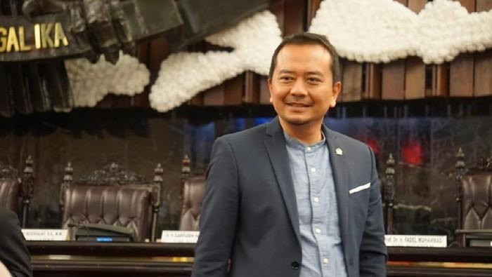 Guru Tak Masuk CPNS 2021, Ketua Komisi X DPR Tegas Menolak