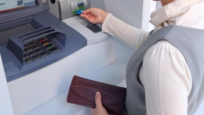 Hati-Hati Modus Baru : Ganjal ATM, Pasutri Diamankan, Begini Peran Keduanya Kuras Uang