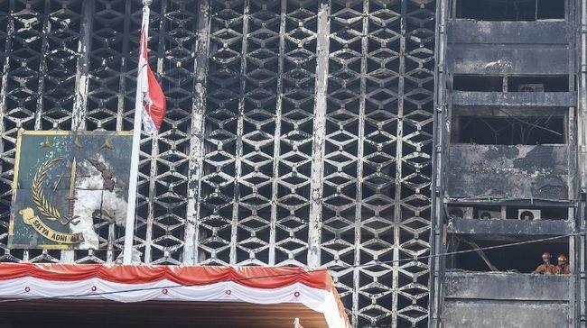Polri : Penyebab Kebakaran Kejagung Berasal dari Rokok Kuli Bangunan